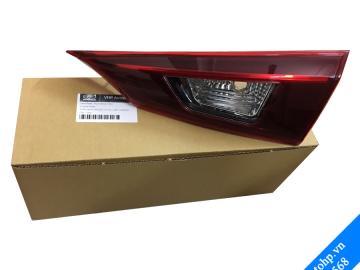 Đèn hậu trong – Mazda3