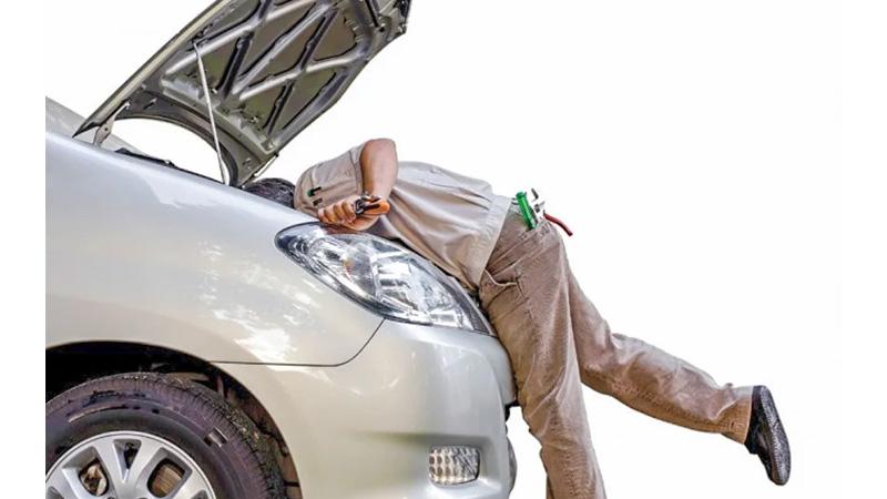 Hệ thống đề gặp trục trặc cũng là nguyên nhân gây ra tình trạng ô tô khó nổ máy
