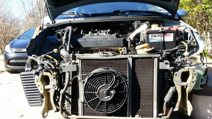 Quạt dàn nóng điều hòa ô tô